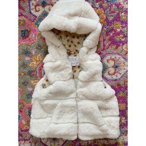 Zara Baby || Ivory Faux Fur Vest